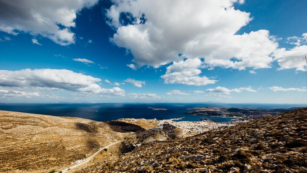 Koffer packen für Griechenland Landschaft mit Meer